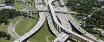 La plus large autoroute du monde est déjà bouchée